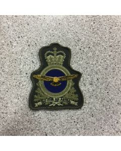 11575 - 8.50$  RCAF ARC Coloured Heraldic Crest LVG - Ottawa