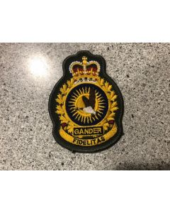 15237 92C- 9 Wing Gander Coloured LVG Heraldic Crest