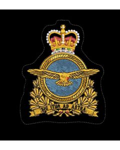 18423 604 A - CHIEF OF AIR STAFF (RCAF) HERALDIC CREST FOR NAVAL PERSONNEL