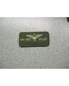 2367 - MH Set Pilot Nametag LVG