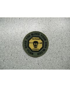 3399 178 E - HMCS IROQUOIS - we'll make you bleed .. Patch LVG