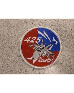7473 716 A - 425 Sqn patch with mean F-18